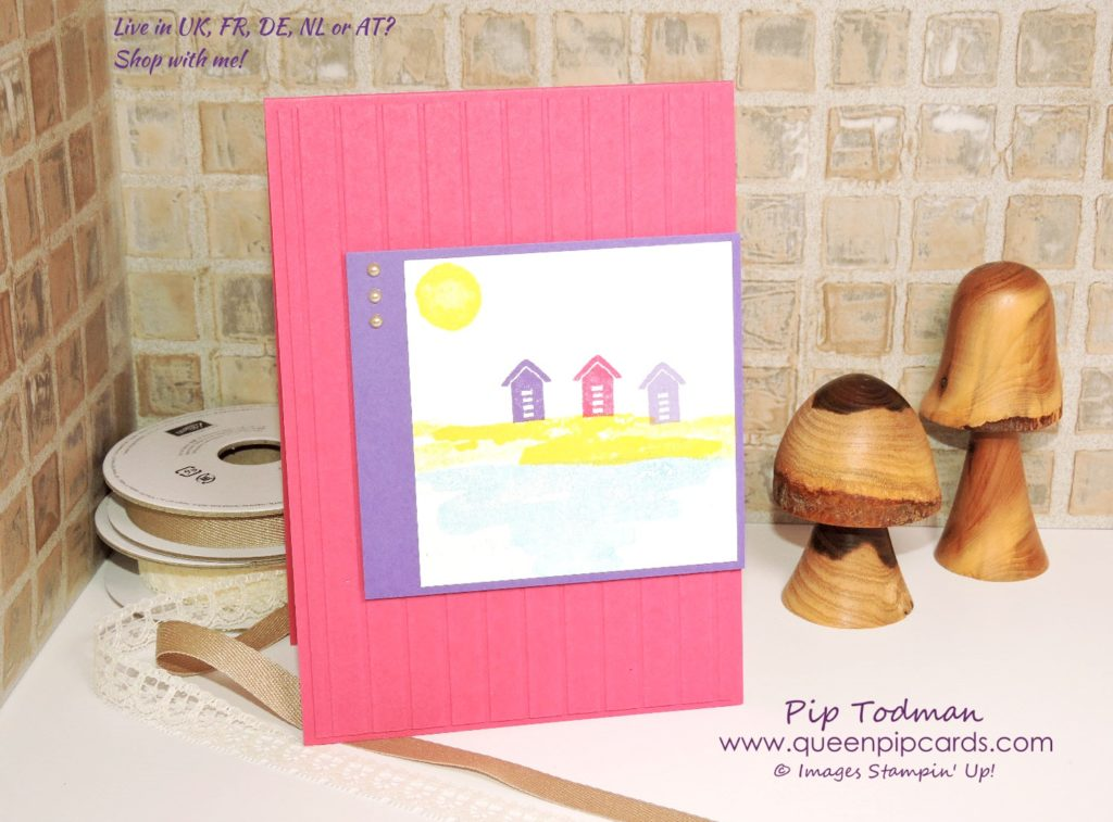Jazzy Waterfront Beach Huts!! Love the simplicity of this card. It's fun and funky, but so easy to create in any colours you want! All Stampin' Up! products available from my online store here: http://bit.ly/QPCShop Pip Todman Crafty Coach & Stampin' Up! Top UK Demonstrator Queen Pip Cards www.queenpipcards.com Facebook: fb.me/QueenPipCards #queenpipcards #simplystylish #inspiringyourcreativity #stampinup #papercraft