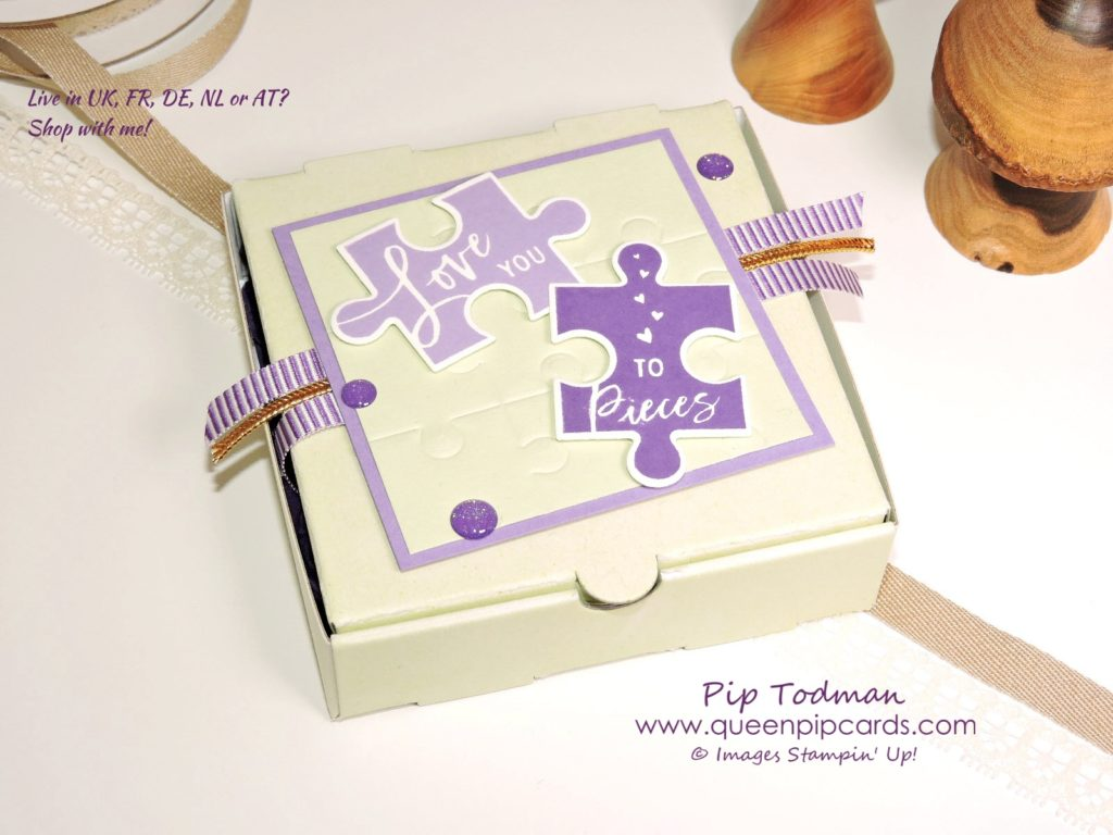 Love You To Pieces Gift Idea using the new bundle and our cute Pizza Boxes. Make your own personalised jigsaw puzzle cards! Pop them in a box and send someone a gift and a card in one! All Stampin' Up! products available from my online store here: http://bit.ly/QPCShop Pip Todman Crafty Coach & Stampin' Up! Top UK Demonstrator Queen Pip Cards www.queenpipcards.com Facebook: fb.me/QueenPipCards #queenpipcards #simplystylish #inspiringyourcreativity #stampinup #papercraft