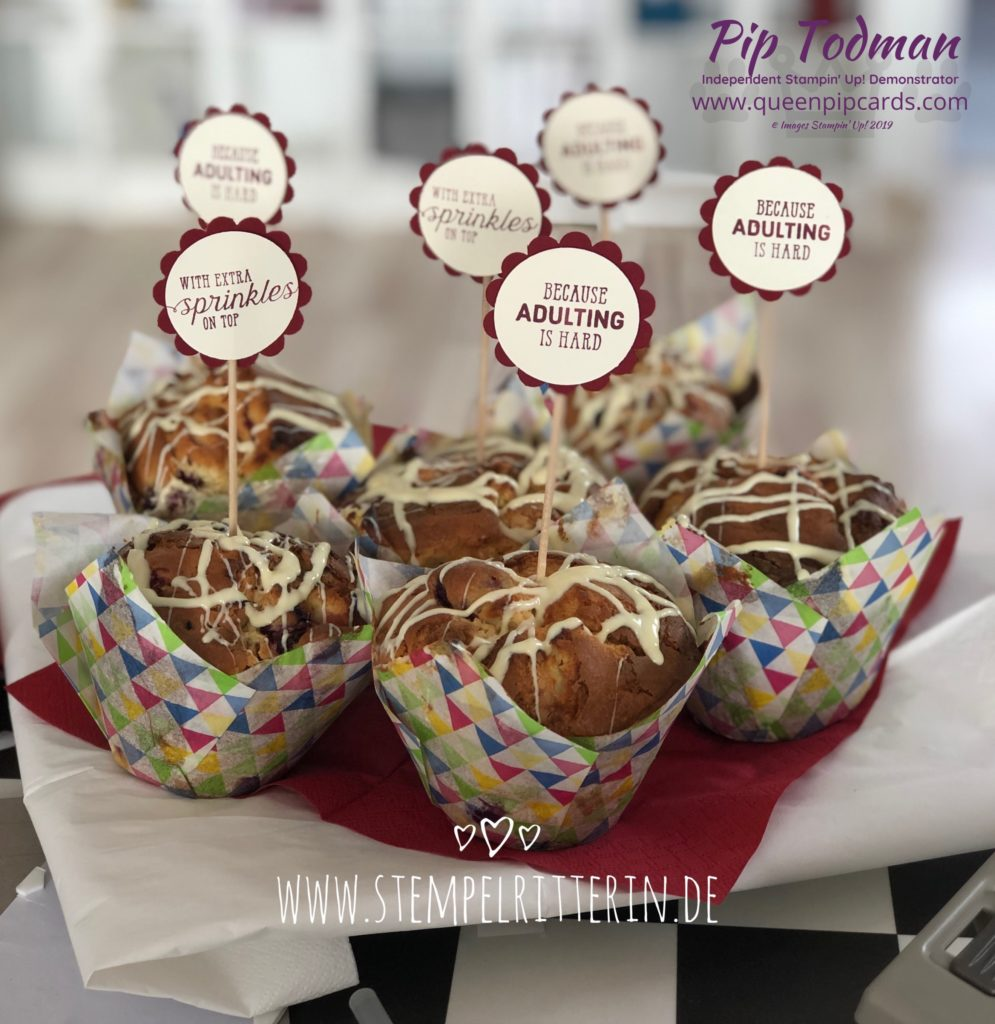 Royal Appointment Guest Blog - Lola Lorenz joins us today with some scrummy muffins with fabulous toppers! Shop my online store here: http://bit.ly/QPCShop Pip Todman www.queenpipcards.com #queenpipcards #simplystylish #stampinup #simplestamping #papercraft